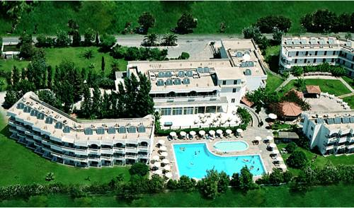 Delfinia Resort